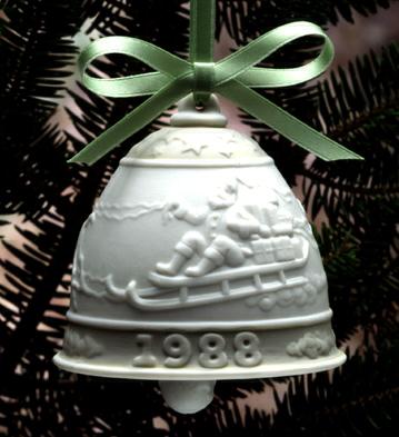 1988 Christmas Bell (l.e. Lladro Figurine
