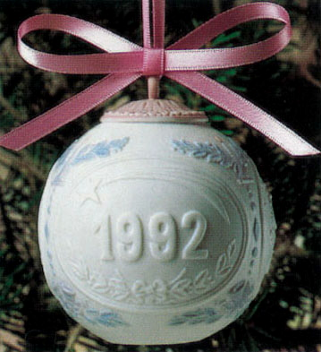 1992 Christmas Ball (l.e. Lladro Figurine