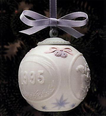 1995 Christmas Ball (l.e. Lladro Figurine