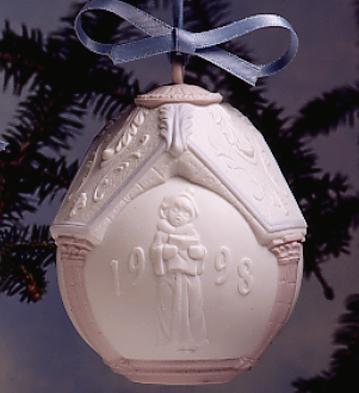 1998 Christmas Ball Lladro Figurine