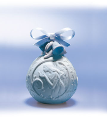 2001 Christmas Ball Lladro Figurine