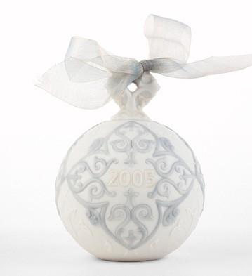2005 Christmas Ball Lladro Figurine