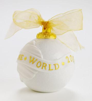 2007 Christmas Ball (re-deco) Lladro Figurine