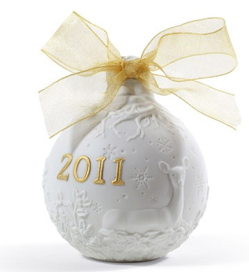 2011 Christmas Ball (re-deco) Lladro Figurine