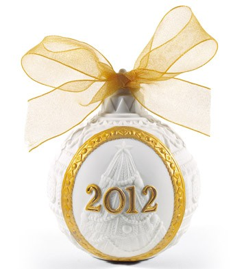 2012 Christmas Ball (re-deco) Lladro Figurine