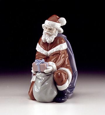 A Gift From Santa Lladro Figurine