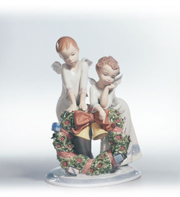 A Heavenly Christmas Lladro Figurine