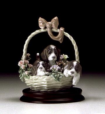 A Litter Of Love Lladro Figurine