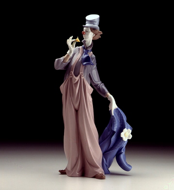A Mile Of Slyle Lladro Figurine