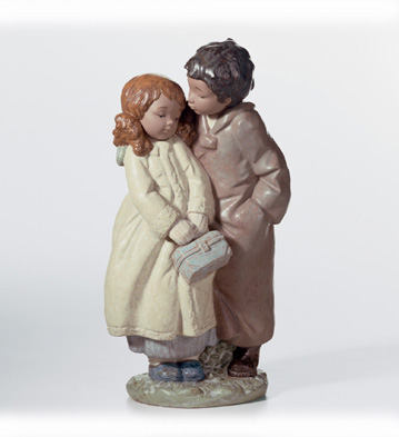 A Moment Of Tenderness Lladro Figurine