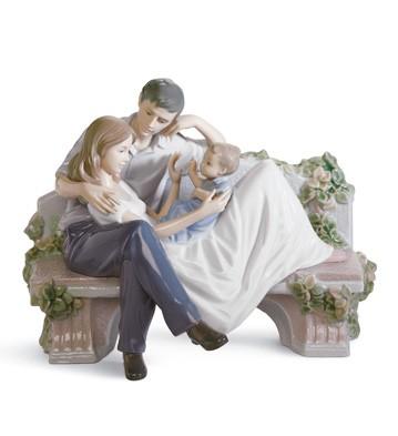 A Priceless Moment Lladro Figurine