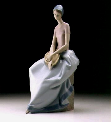 A Quite Moment Lladro Figurine