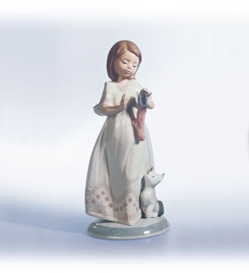 A Stocking For Kitty Lladro Figurine