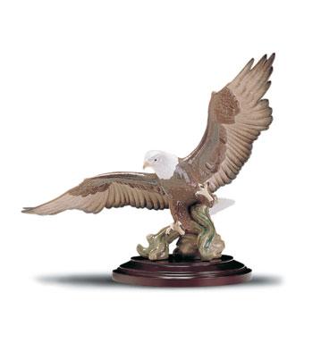 A Symbol Of Pride Lladro Figurine