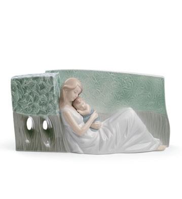 A Tender Caress Lladro Figurine