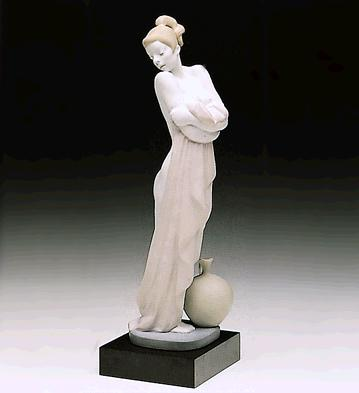After The Bath (l.e.) (b) Lladro Figurine