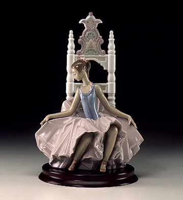 After The Show Lladro Figurine