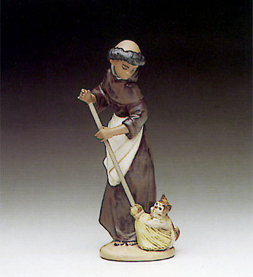 Afternoon Chores Lladro Figurine