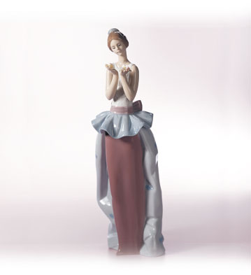An Expression Of Love Lladro Figurine