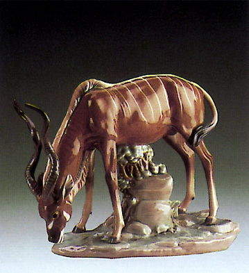 Antelope Drinking Lladro Figurine