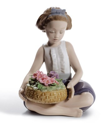 Arranging Flowers Lladro Figurine