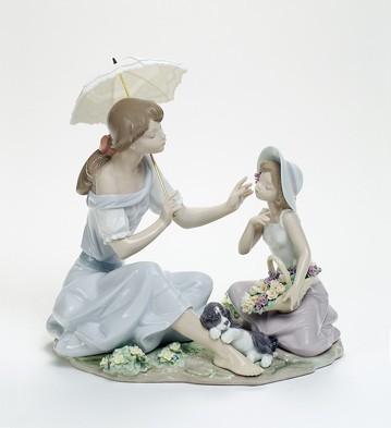 As Pretty As A Flower Lladro Figurine