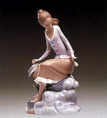 At The Sea-side Lladro Figurine