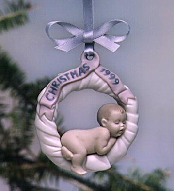 Baby's First Christmas 1999 Lladro Figurine