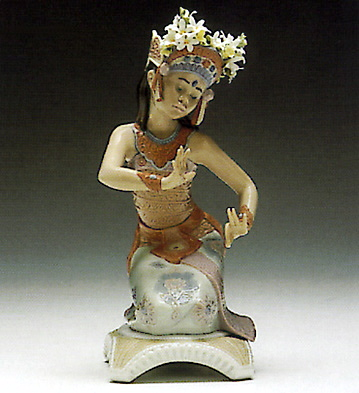 Bali Dancer Pose Lladro Figurine