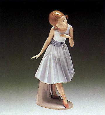 Ballet Bowing Lladro Figurine