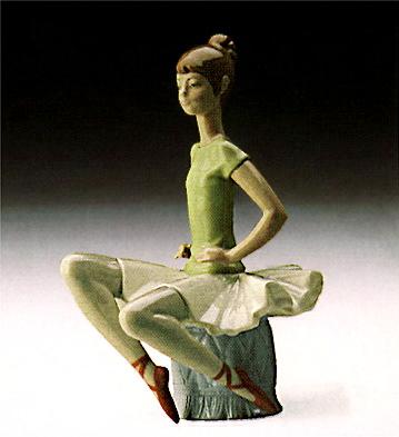 Ballet Green - 5 Lladro Figurine