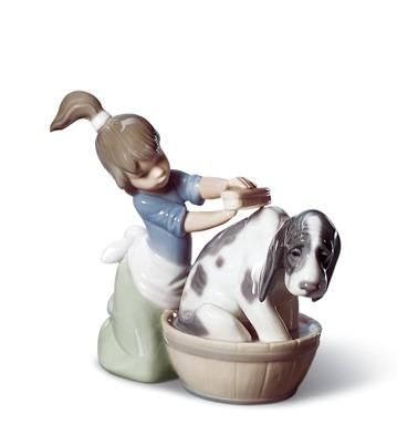 Bashful Bather Lladro Figurine