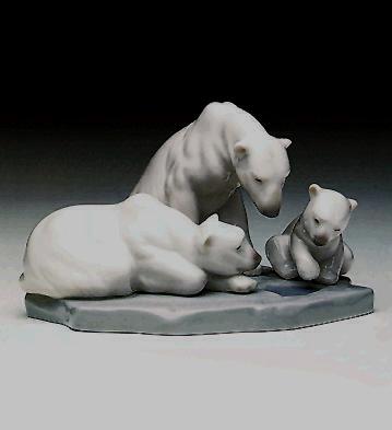 Bearly Love Lladro Figurine