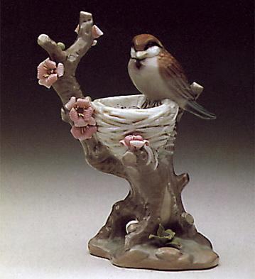 Bird In Nest Lladro Figurine