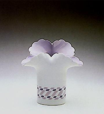 Blue Basket Vase Lladro Figurine