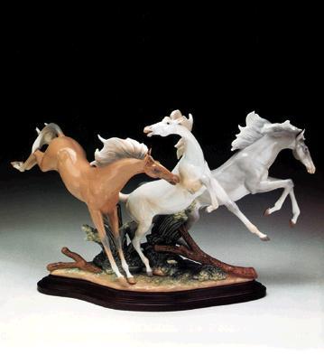 Born Free Lladro Figurine