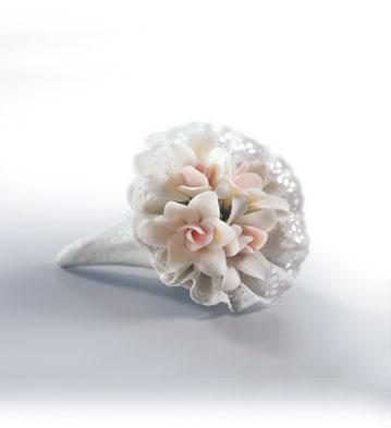 Bouquet Of Love Lladro Figurine