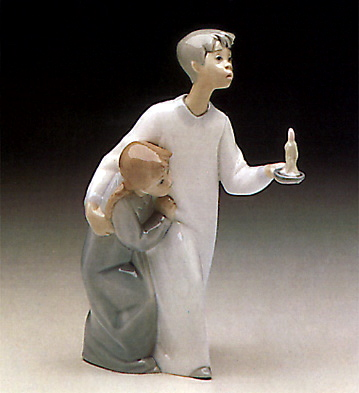 Boy In Night-shirt Lladro Figurine