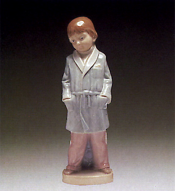Boy W/smoking-jacket Lladro Figurine