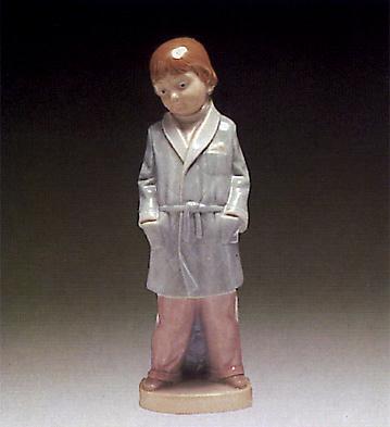 Boy W/smoking-jacket Lladro Figurine