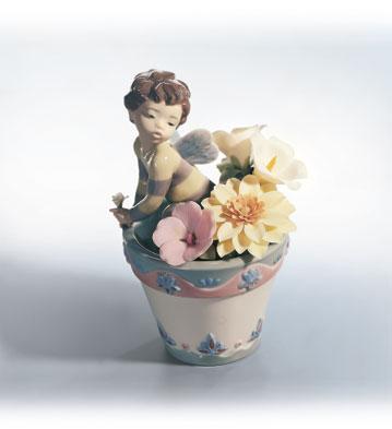 Bumblebee Fantasy Lladro Figurine