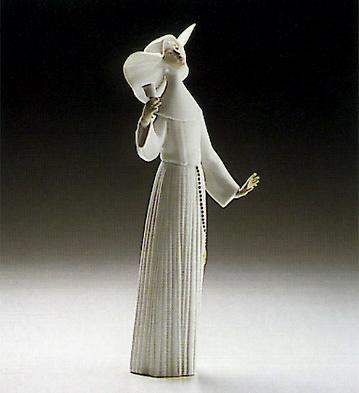 Call To Prayer-white Lladro Figurine