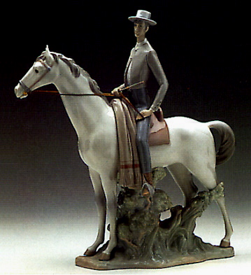 Campero Lladro Figurine