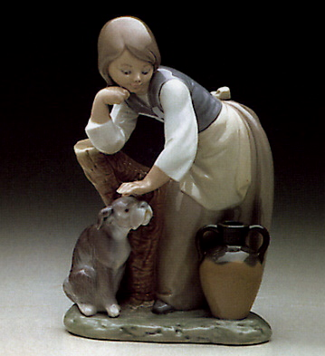 Caress And Rest Lladro Figurine