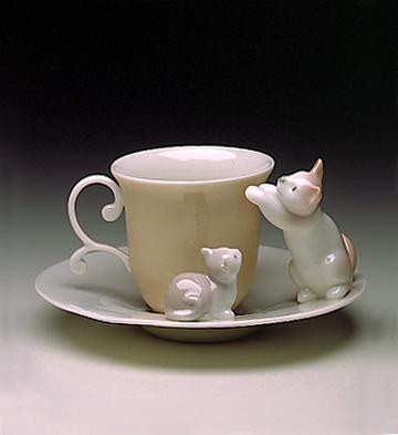 Cat Cup With Saucer Lladro Figurine