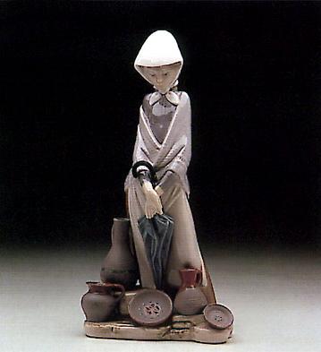 Ceramics Seller Woman Lladro Figurine