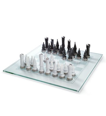 Chess Set (re-deco) Lladro Figurine