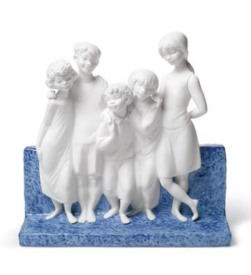 Children Of The World Lladro Figurine