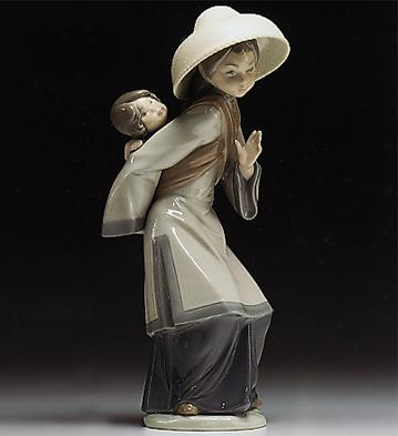 Chinese With Baby On Her Lladro Figurine
