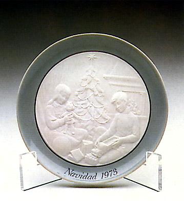 Christmas Plate 1.973 Lladro Figurine